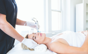 Hydrafacial - en clinique
